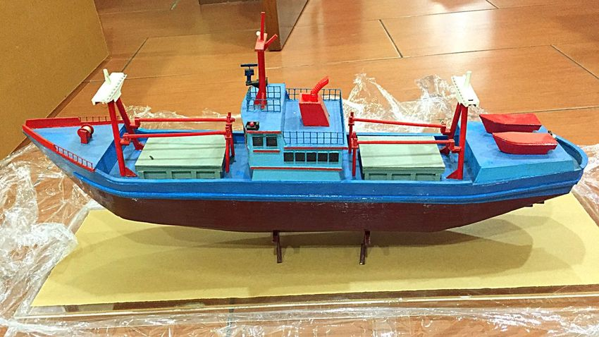 The vessel is ready to be delivered Taking Photos Miniature Vessel Cargo Vessel Special Handmade A Gift For Exhibition ArtWork Wooden Vessel Good Work