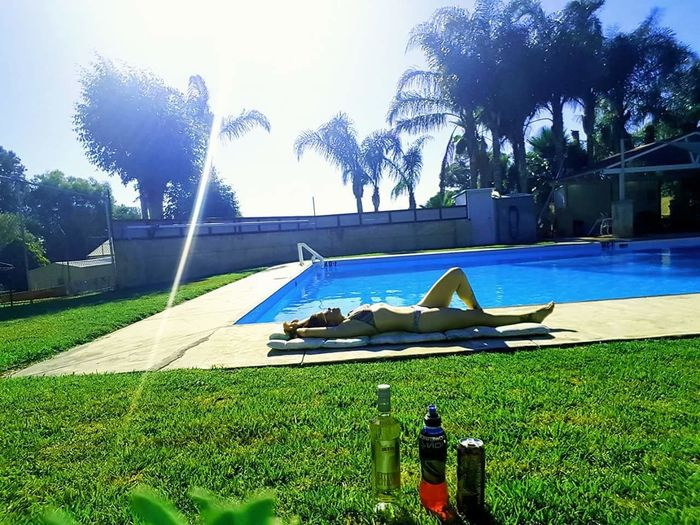 Grass Day Growth Real People Tree Green Color Outdoors One Person Water Adults Only Adult Nature Sky AndroidPhotography Australian Photographers Android Photography Selfie ✌ Swimming Pool Summertime Summer Poolside Sunbathing Swimming Lazing By The Pool Sommergefühle