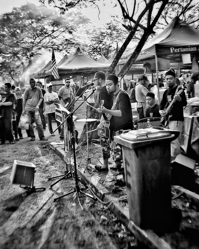Livin the music Busker Music Musician Live Music EyeEm Best Shots EyeEm Best Shots - Black + White EyeEmNewHere EyeEm Malaysia