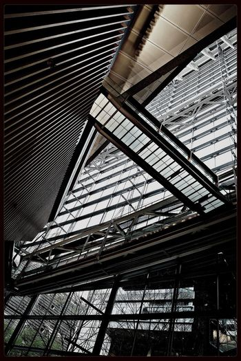 IPhoneography Architecture Commuting Axis