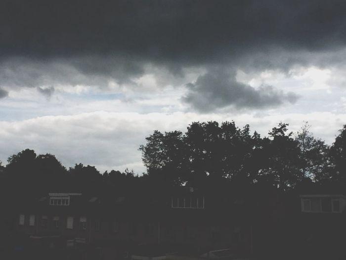 Weird sky- Sky Light Dark Rain