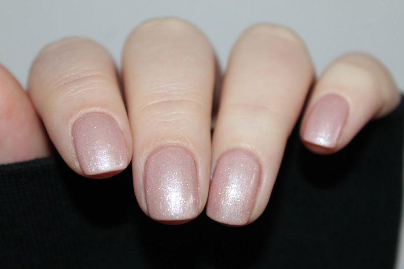 Nails Nagellack  Essiepolish Essie Human Hand Human Body Part Body Part Hand Finger Human Finger One Person Fingernail Close-up Nail Polish Women Nail Art Shiny Fashion Lifestyles Nail Females