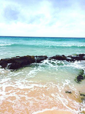 Ocean Island EyeEm Travelling Waves Vulcano Island Oceanside No People Horizon Over Water Beach Cloud - Sky TheGreatOutdoors
