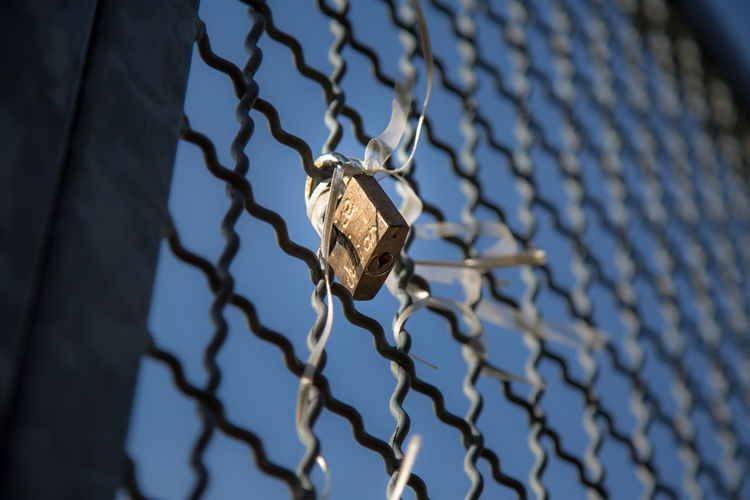 Good Morning Love Love ♥ Fence Padlock Germany Andernach Travel Destinations Travel EyeEm Best Shots Eye4photography  EyeEm Gallery EyeEm Selects Canon Canonphotography Sky Safety Protection Security Selective Focus Metal Pattern Trapped No People Exclusion Security System Day Close-up Outdoors Prison