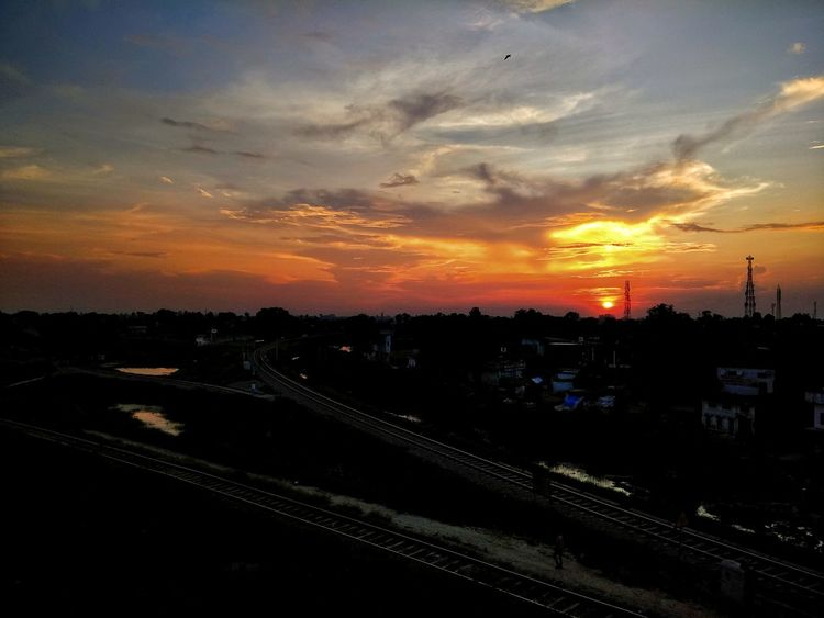 Railway Track City Sunset Urban Skyline Cityscape Business Finance And Industry Dramatic Sky Sky Cloud - Sky Landscape Romantic Sky EyeEmNewHere This Is Masculinity
