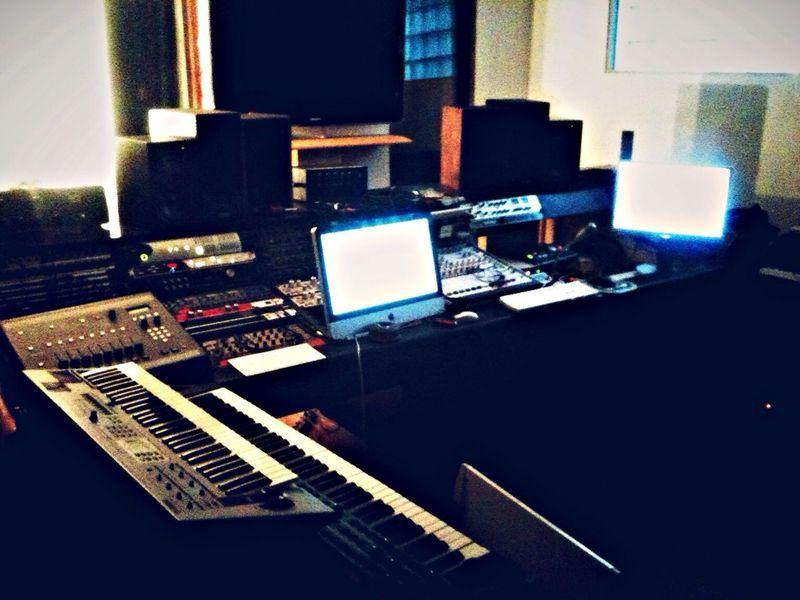 Recording Studio Boulot Protools Logic Pro batignole Paris Work LatroceMex beatMaking