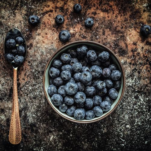 Bowl of blueberries Blueberry Berry Fruit No People Directly Above Food High Angle View Fruit Indoors  Healthy Eating Close-up Kitchen Utensil Food And Drink Still Life Freshness Full Frame Wellbeing Nature Day Shape