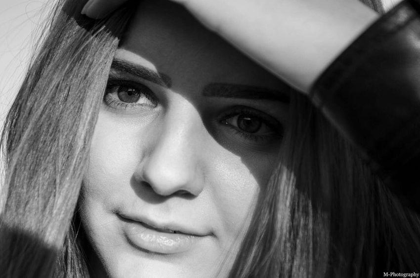 Woman Portrait Of A Woman Details Beauty Photoshoot Photoshooting Movieshoot Eyes Face Eyeemwoman @MarekPPhotography