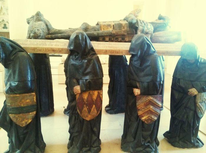 In A Row Cultures ArtWork Paris ❤ Lovre Sculptures Long Goodbye