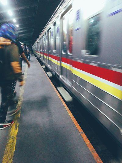 Public Transportation Commuting Notes From The Underground Night Lights Train Station People Photography Urban Life The Traveler - 2015 EyeEm Awards Urban Lifestyle The Photojournalist - 2015 EyeEm Awards