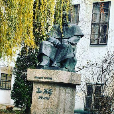 Jimholly Bratislava Europe Statue Pozsony Slovakia
