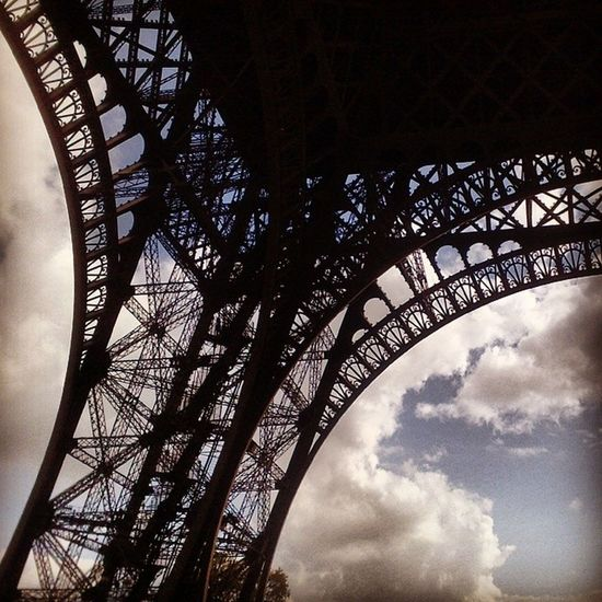 FotoParis France Turistic Archiecture artsymbolwalkEuropeSkyinstaparisHolidayplacetechniqueweekendexplorerhistory