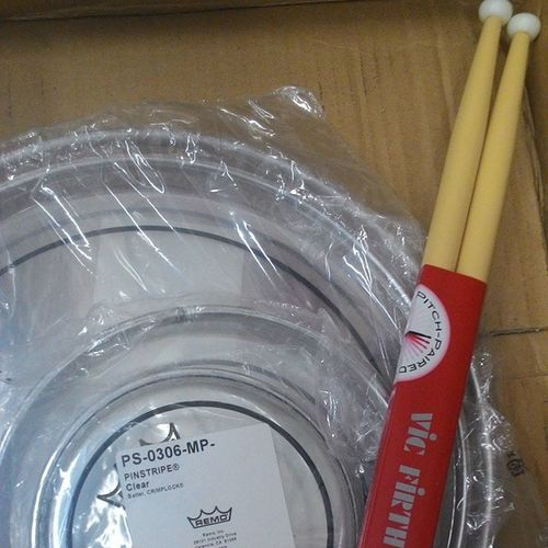 New gear ? drumhead Remo Quinttoms Vicfirth