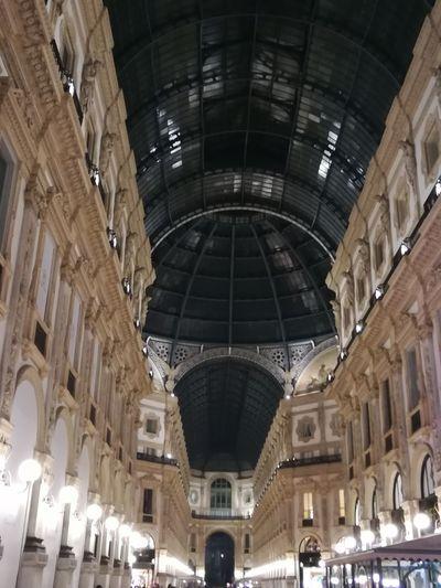Architecture Perspektive Shoppingv Centre Milano Straße Dunkelheit Nacht