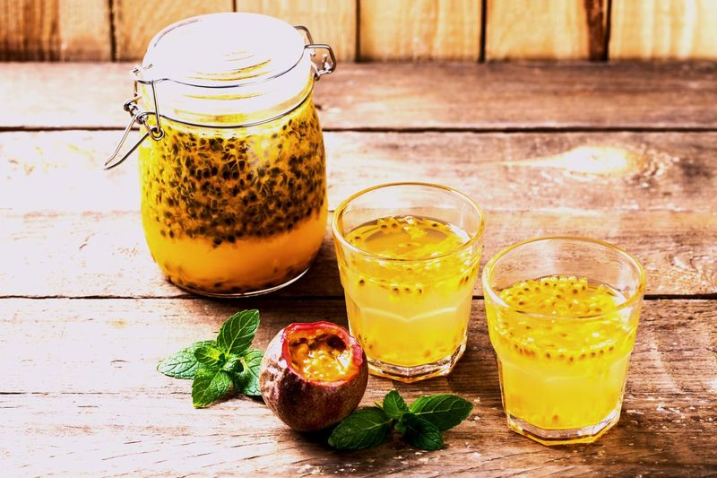 Passion Passion Fruit Food And Drink Drink Food Freshness Refreshment Table Healthy Eating Fruit Drinking Glass Wood - Material Jar