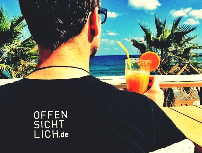 Thanks Sebastian for the awesome picture and your greetings to our fifth birthday! We love it! #sebastian # InExtremo #fan #support #offensichtlich #fifth #birthday #musician #picture #SebastianLange Berlin Musik Beach Relaxing  mittelalterrock Kunstraub berlin beach sun cocktail awesome greetings