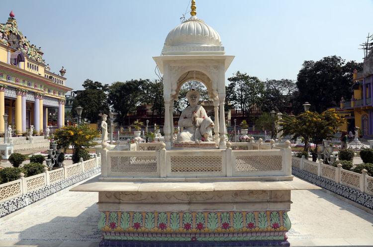 Jain Temple, Kolkata, West Bengal, India Famous Places Temple Architecture ASIA Calcutta Carving Faith India Jain Jain Temple Kolkata Monument Mysticism Place Of Worship Religion Sculpture Shrine Spirituality Travel Destinations West Bengal Worship