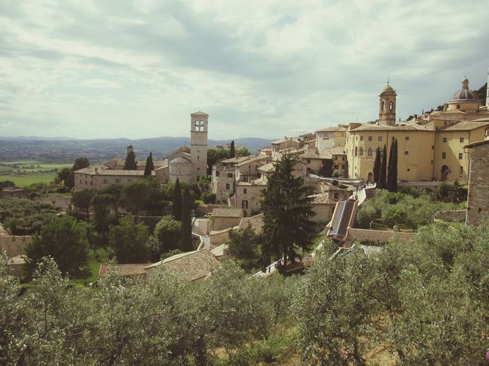 Italy on the road Assisi Enjoying Life Hanging Out Travel