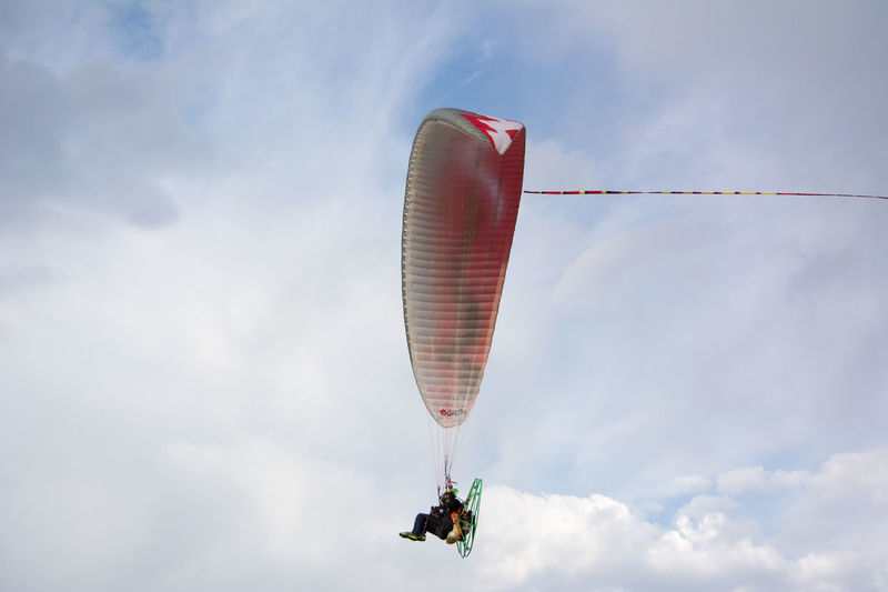 Powered Paraglider Activity Adveture Cloud - Sky Day Flying Fun Hangglider Mid-air Outdoors Paragliding Powered Paraglider Red Sky