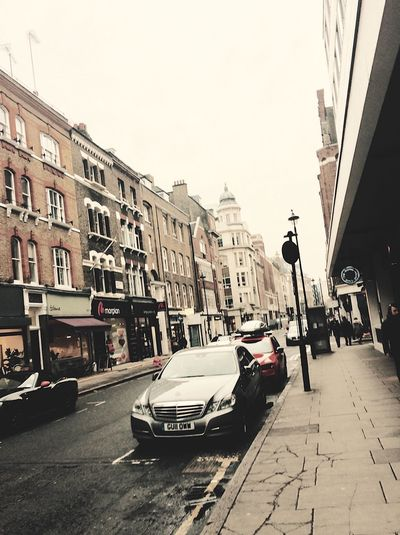 When I went to London. Love this app can't stop posting 🔮 Architecture City Building Exterior Outdoors Land Vehicle Day No People Houses Building London Lifestyle Modern Tumblrgirl Tumblr