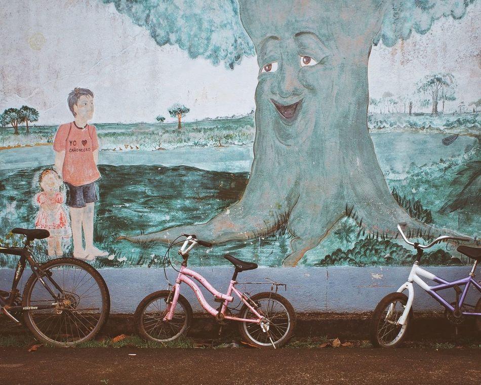 Schoolyard Mural Art Wall Art Hugging A Tree VSCO Vscocam Costa Rica