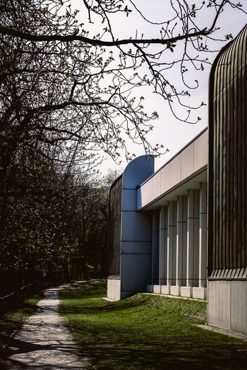 Bauhaus Archives Bauhaus Bauhaus Building Bauhaus Museum Bauhaus Architecture Bauhaus Style Architecture Branch Building Building Exterior Built Structure Clear Sky Day Entrance Field Footpath Grass Growth House Land Nature No People Outdoors Plant Sky Tree