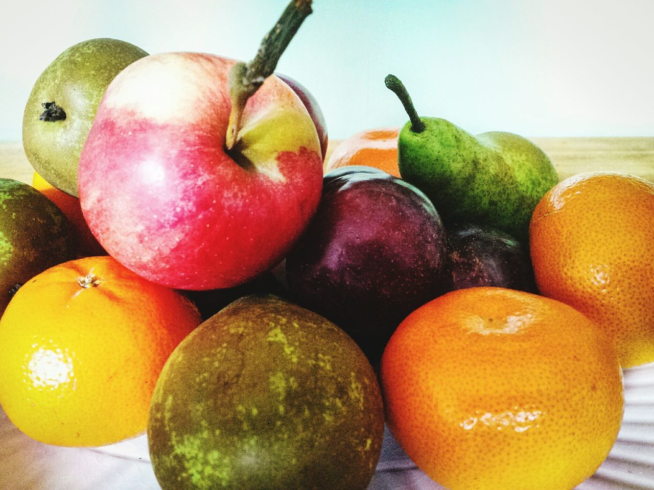 fruit, food and drink, healthy eating, food, apple - fruit, still life, freshness, apple, no people, close-up, pear, indoors, day