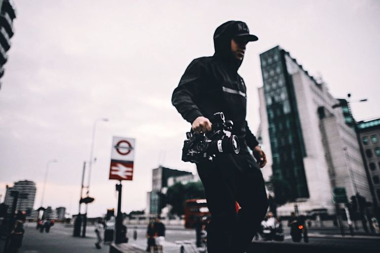 Filming for the second instalment for @run.ldn - Stay tuned. London Check This Out Explore City Life Taking Pictures OpenEdit Hello World Taking Photos Street Photography Taking Photos Cool Architecture