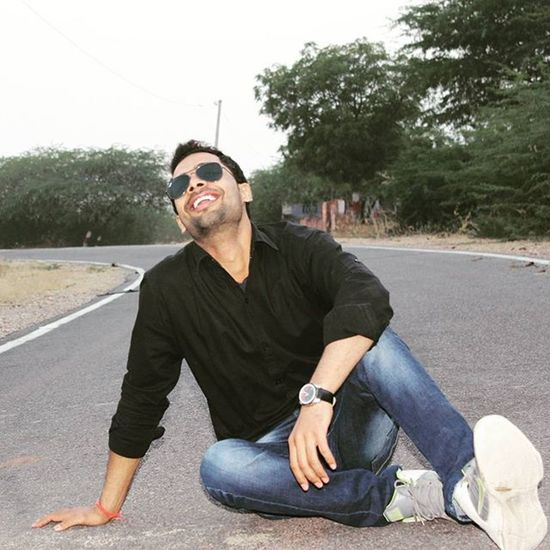 Highway Funn Pose Rayban Fastrack DSLR Photography Instapic