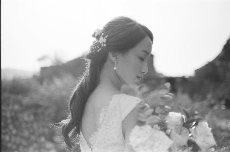 Young Adult Young Women Leisure Activity Focus On Foreground One Person Lifestyles Real People Women Beautiful Woman Plant Day Portrait Nature Adult Beauty Flower Headshot Looking Hair Hairstyle Outdoors Asian  Asian Girl Bride Wedding Wedding Dress Wedding Photography Wedding Ceremony Wedding Day Blackandwhite Black And White Film Film Photography Filmisnotdead Eyes Closed