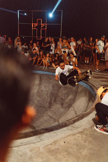 Pretty Poison Group Of People Men Crowd Performance Real People Arts Culture And Entertainment Large Group Of People Women Adult Audience Leisure Activity Watching Enjoyment Spectator Stage Skateboarding Skateboard Skate Skate Bowl