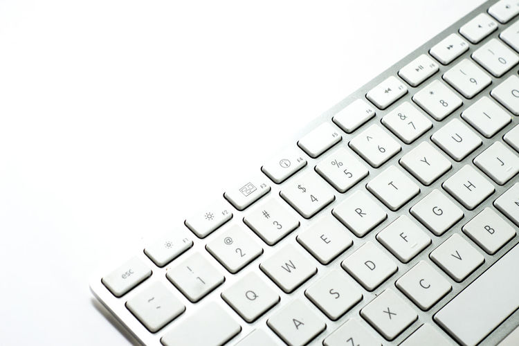 Keybaord Computer Button Close-up Computer Computer Key Computer Keyboard Connection Hardware Isolation IT Keyboard No People Peripherals Symbol Technology White Background White Color