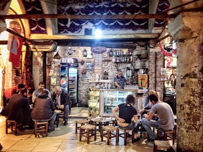 Kapalıçarşı sokaklarında.. People Architecture Cafe Sitting Beauty Tourism Istanbullife Nostalgia Hi Historic Lifestyles Gazonungözü