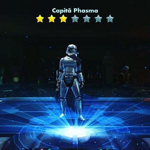 Enquanto eu n as sinto o filme eu vou aquecendo com o game. Starwars Game Mobile Galaxyheros Geek Nerd NovaOrdem Episodiovii