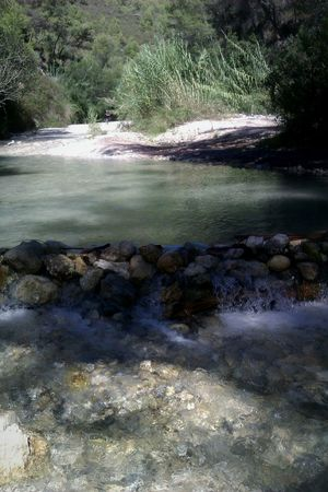 Aventura Paisaje Campo Verde Rio Chillar