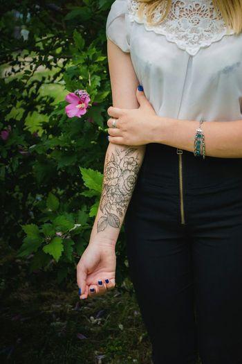 Мехенди Mexendi Mexendiartist Hand Tatoo Tatoo Art Tatoo Girl Flowers