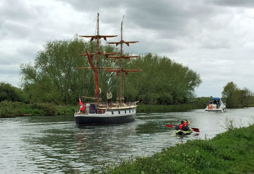 Cruising on the canal Tallship Cruiser Canoeing Waterway Canal Gloucesterandsharpnesscanal Towpath Countryside