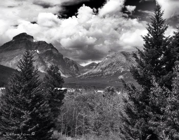 another day ... another addition to the America's West Series ✨Todays Bw_collection pic is of Montana's Glacier National Park ... a truly wonderful place in a truly magnificent part of the world ✨ EyeEm Nature Lover