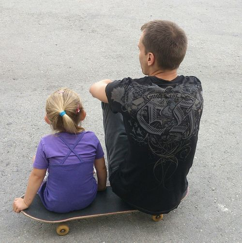 Fatherhood Moments Father Daughter Father And Daughter Skate Skateboarding Skateboard Skateboarder Skatelife Sport Cute Girl Cute Small And Big Modern Father That's Me Summer Sports One Parent Family Bonds Single Father Be Brave