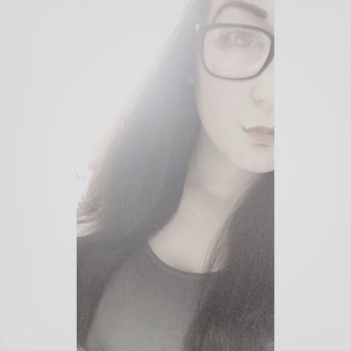 share me and I'll follow you back:*