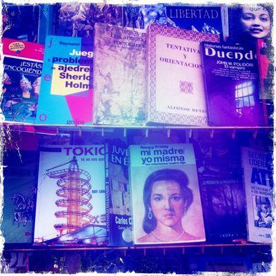 Libros de segunda madre. #Hipstamatic #RobotoGlitter #KodotXGrizzled #BerryPop Hipstamatic Robotoglitter Kodotxgrizzled Berrypop