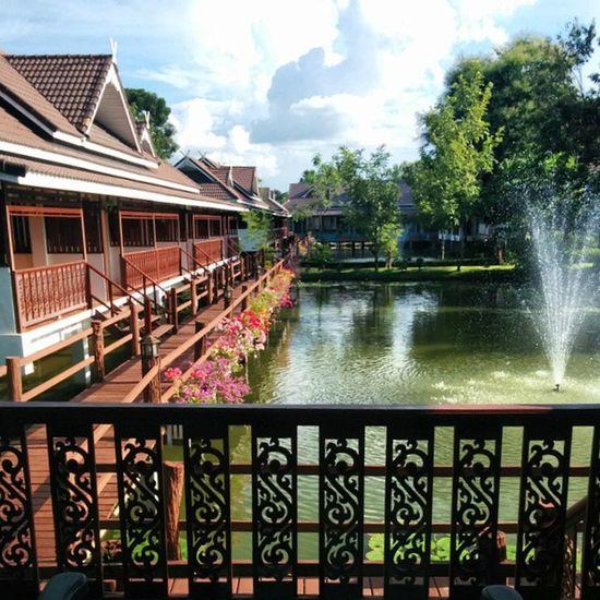 Seriously cannot believe this is where I am Amazing Sukothai Lecharme Beautiful Serene Peaceful HowdidIgethere Thailand
