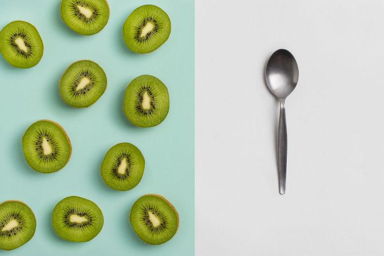 Kiwi fruit lay