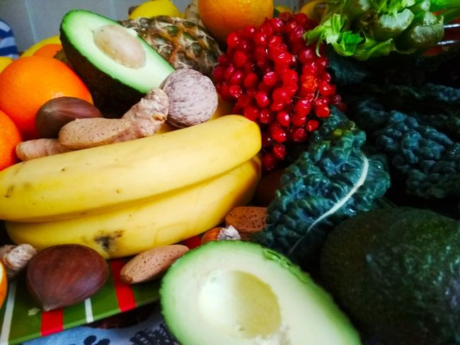 Bananas, nuts, avocado, castan, migdal, tangerine, ginger Smothie Eating Healthy Eating Life Style Banana Avocado Tangerine Nuts Raw Vegan Vegan Food Vegetarian Tasty Delicios Yellow Banana Fruit Variation Healthy Eating Food And Drink Food Choice Vegetable Close-up Indoors  Freshness Multi Colored No People Day