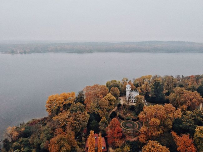 A cold and humid autumn Sunday. Castle Dronephotography Autumn Leaves Autumn colors Autumn Landscape Lake View Trees Water Sea Beauty In Nature Scenics - Nature Nature Tranquility No People Day Tranquil Scene High Angle View Land Outdoors Non-urban Scene