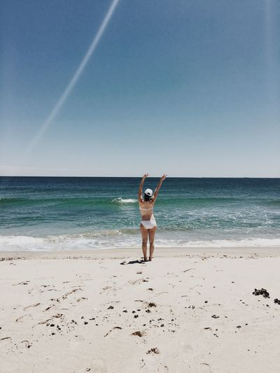 Summer Sea Beach Horizon Shore Portrait Idyllic Tranquility Relaxing Full Length Vacation Sunlight Nature Landscape Beauty In Nature Simplicity Tranquil Scene Sunny Outdoors Blue Sky