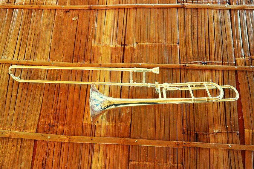 music Musician Musical Instrument Music Trumbone Wood - Material Close-up Wooden Wood Forestry Industry Woodpile Carving