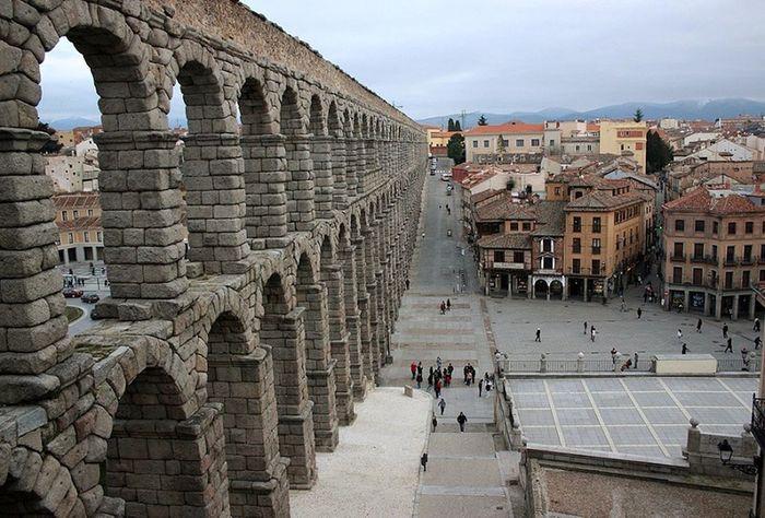 Acueducto Acueductoromano Acueductosegovia Aqueduct Aqueduto Segovia Segoviaview Segoviastreets Segovialandscape Paseo Por Segovia