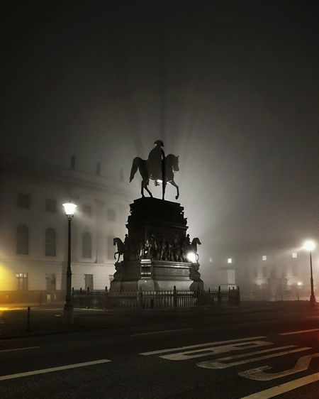 Unter Den Linden Statue Night City Sculpture Monument Moodygrams Moody Mood Berlincity Foggy Fog Light Berlin Mitte Berlinstagram Sightseeing Architecture Light And Shadow City Horse Equestrian City Gate Outdoors Streetphotography Berlin