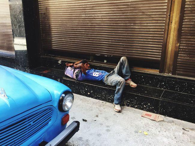 Cuba Havana Sleeping Sleepy One Person Collection Car Bleu Garage Door Sidewalk Outdoors